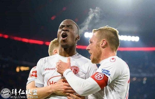 德甲一周回顾 拜仁内讧史 斯图加特保级艰难17
